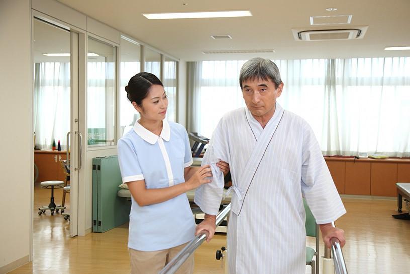 高齢者・認知症に対する非薬物療法の種類って?介護・看護・リハビリ職が実践できるアプローチ集