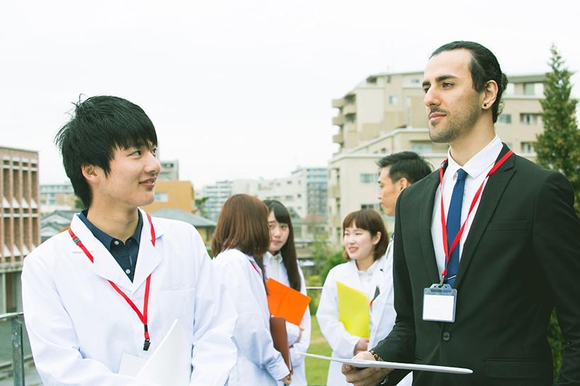 理学療法士・作業療法士が学会に参加するときの服装は?