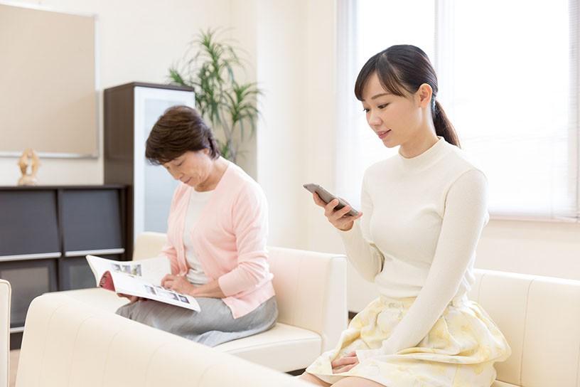 スマホや携帯電話だけ?医療機器に影響を与える「電波」の基礎知識