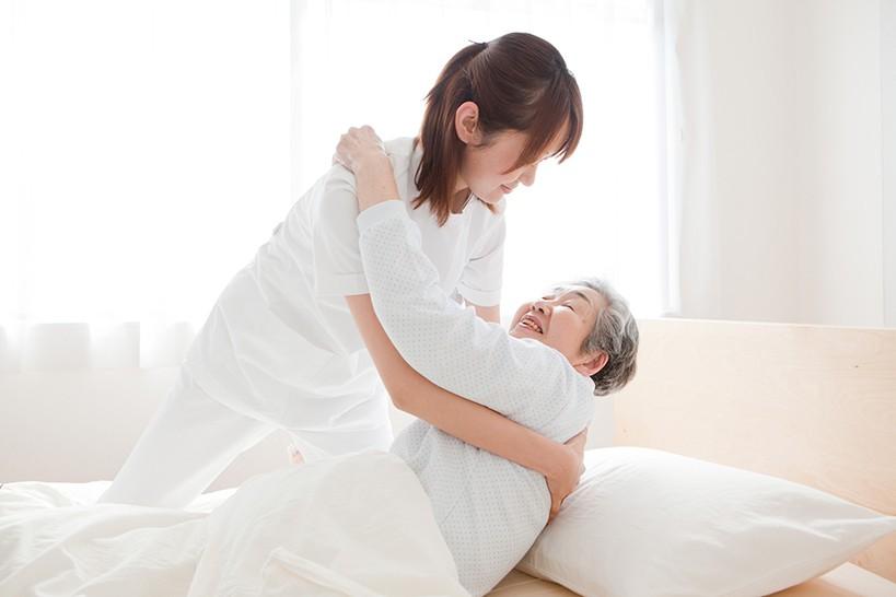 寝たきりの在宅介護 ヘルパーを上手に活用する方法